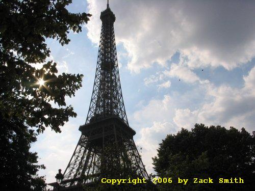 eiffel tower information and photos